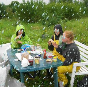 2015-09-02 Essen im Regen (jm)